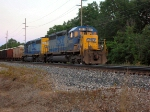CSX 8305 on K902-028